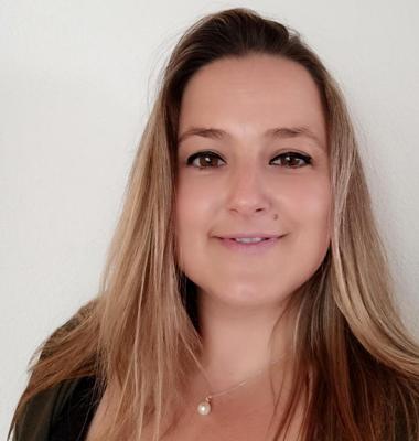 Ingrid Navarro - Administració